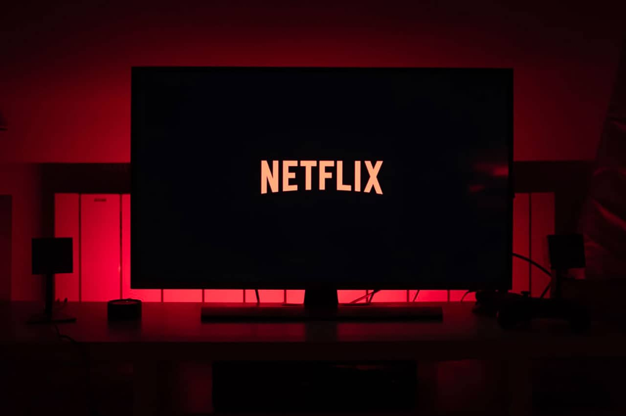 Netflix bandwidth DStv South Africa January 2020 Showmax YoUTube Continue Watching